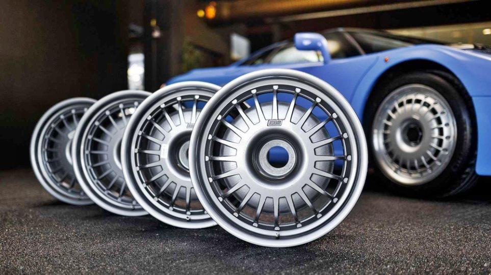 Bugatti_EB110_Wheels_Auction_3