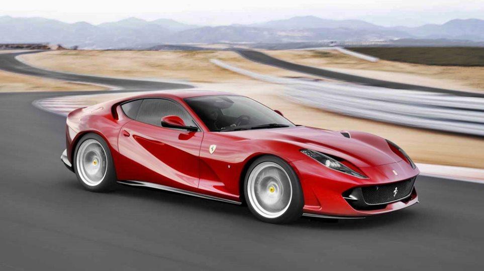 Ferrari_812_Superfast_Hottest_3
