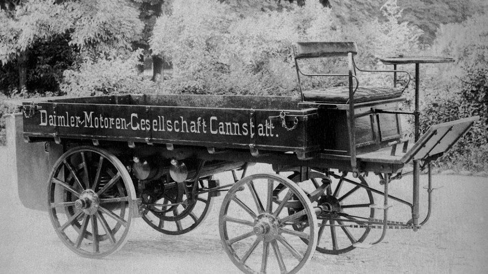 Daimler_1st_Truck_1