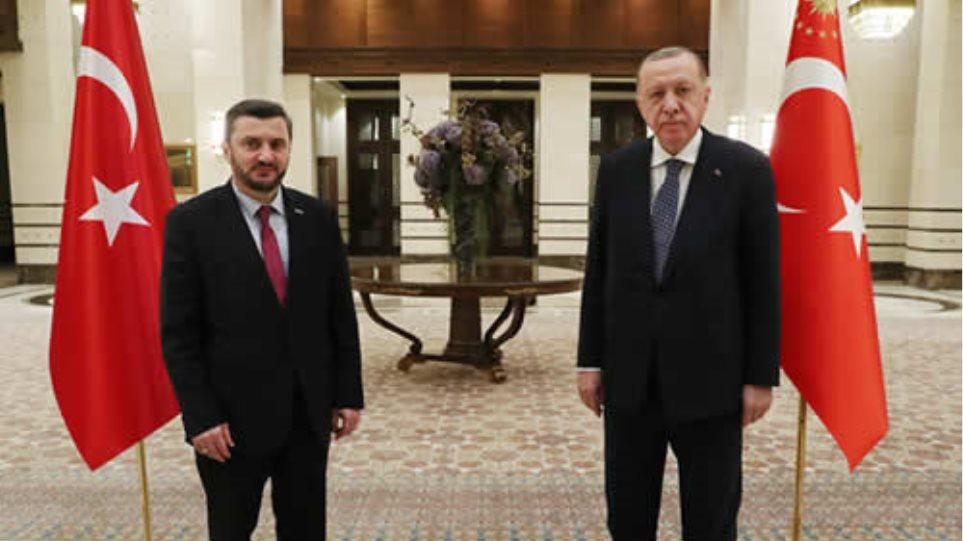 erdogan_synantisi_n