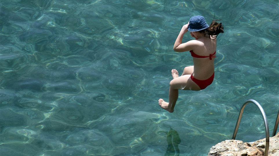 Έσπασε ρεκόρ ο «υδράργυρος»: Ξεπέρασε τους 39 βαθμούς η θερμοκρασία στην Κρήτη!