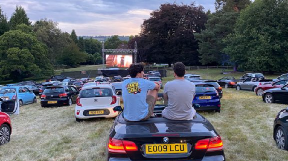 drive_in_sit
