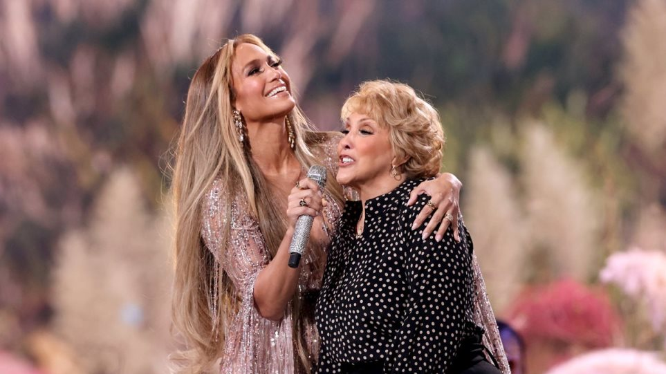 jlo_mother