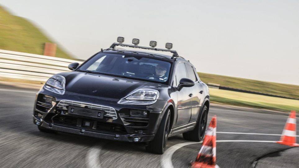 210510125259_Porsche-E-Macan-1