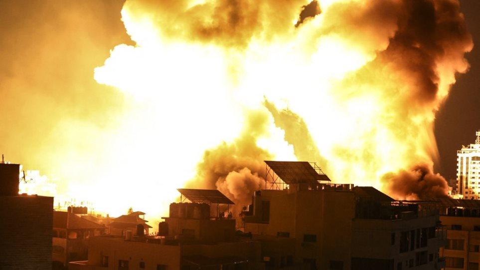 gaza_ball_fire