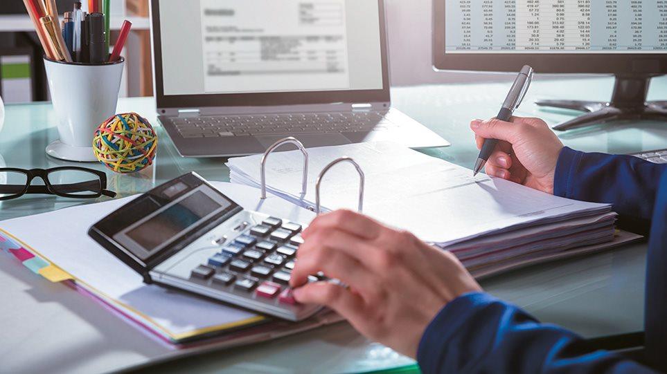 Πώς θα ενταχθείτε στις 240 και 420 δόσεις για χρέη – Τι ισχύει για τράπεζες, Εφορία, Ταμεία – Αναλυτικός οδηγός