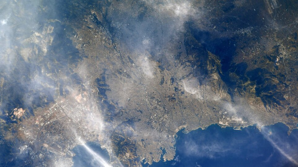 Athens_from_ISS_Πηγη_Shane_Kimbrough