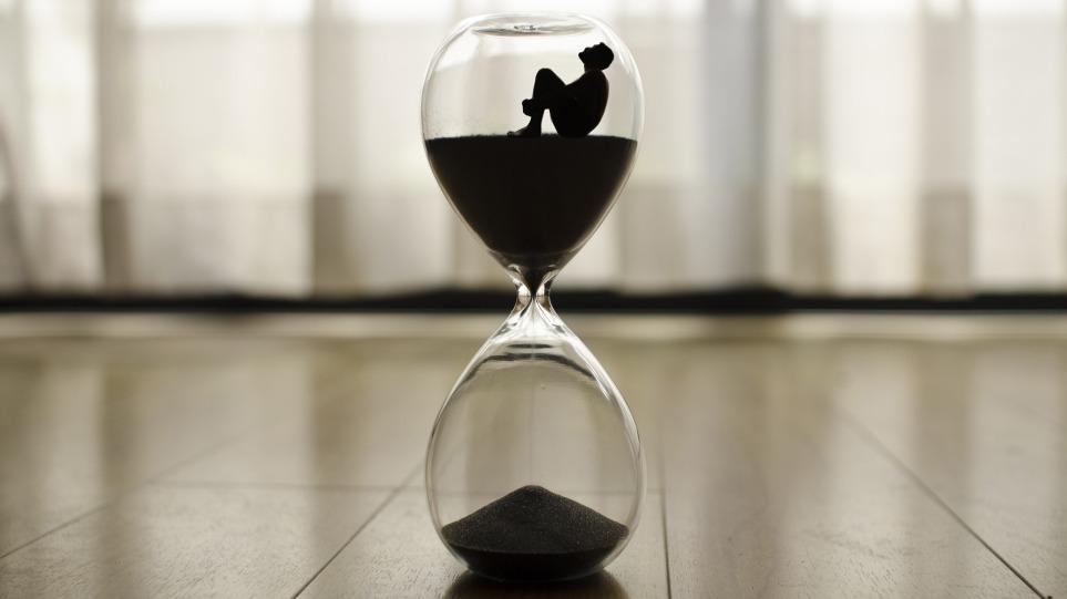 hourglass_mortality