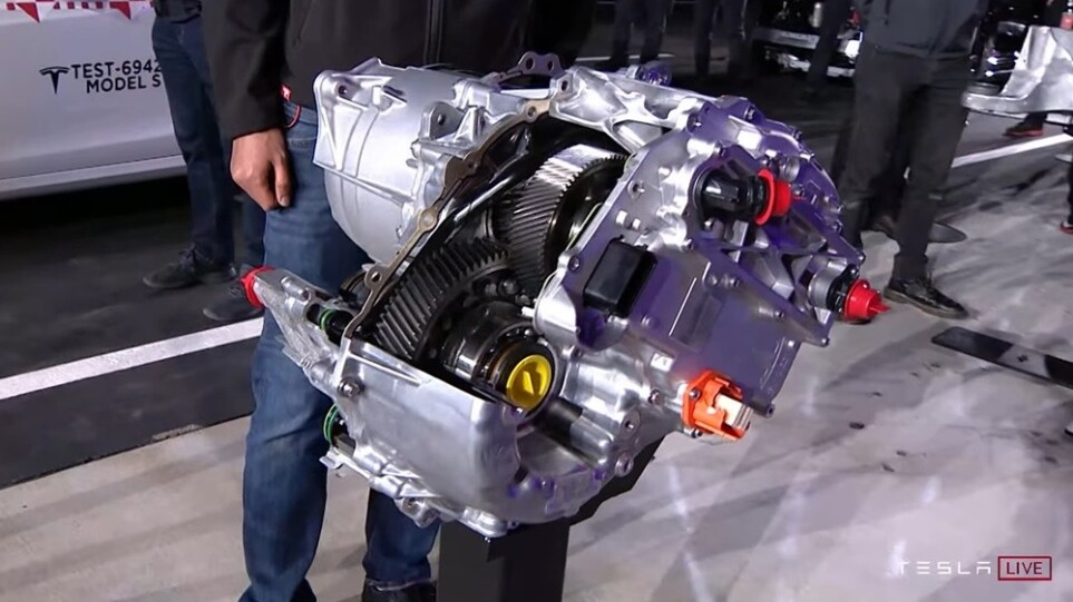 Tesla-Carbon-Motors_jpg