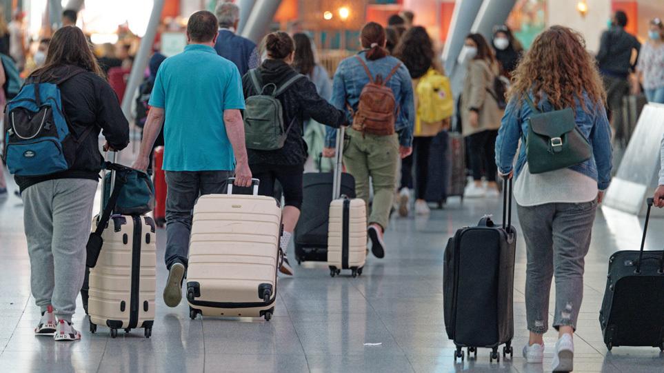 airport_touristes_art
