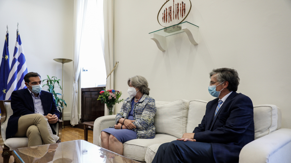tsipras_tsiodras_linou