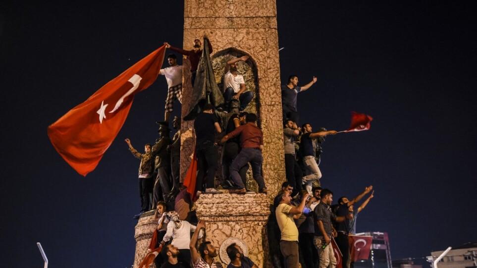 taksim_coup