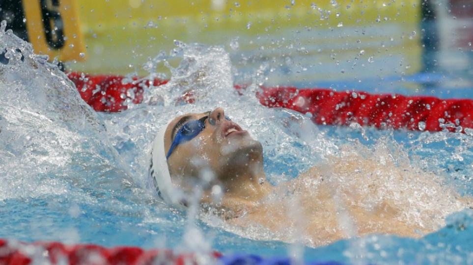 christou_swimming