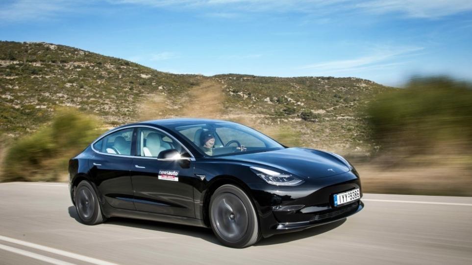 Tesla_Profit_Q2_1