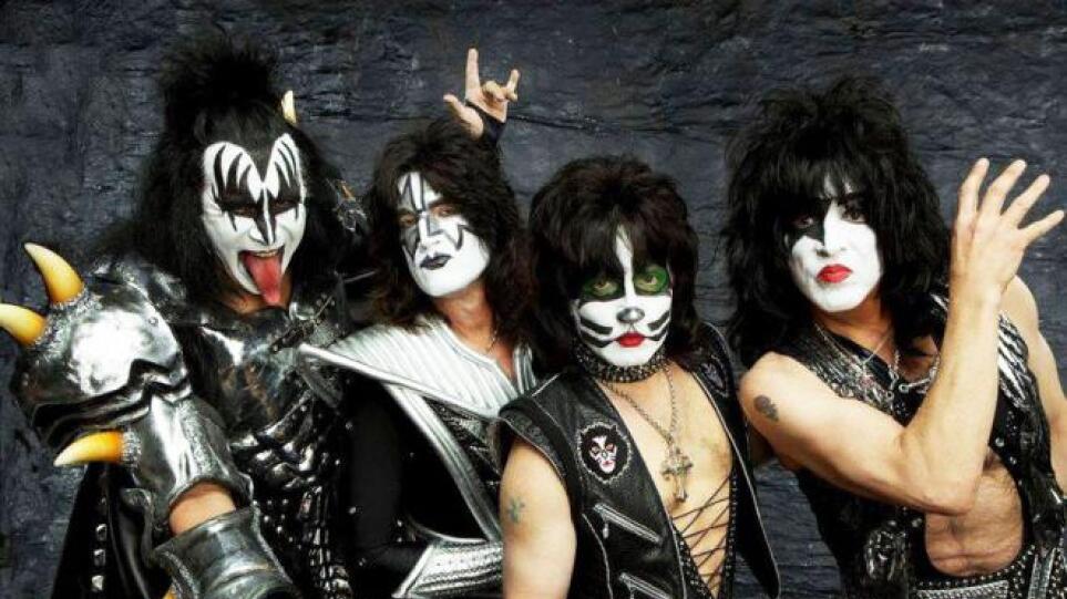 kiss-band-2