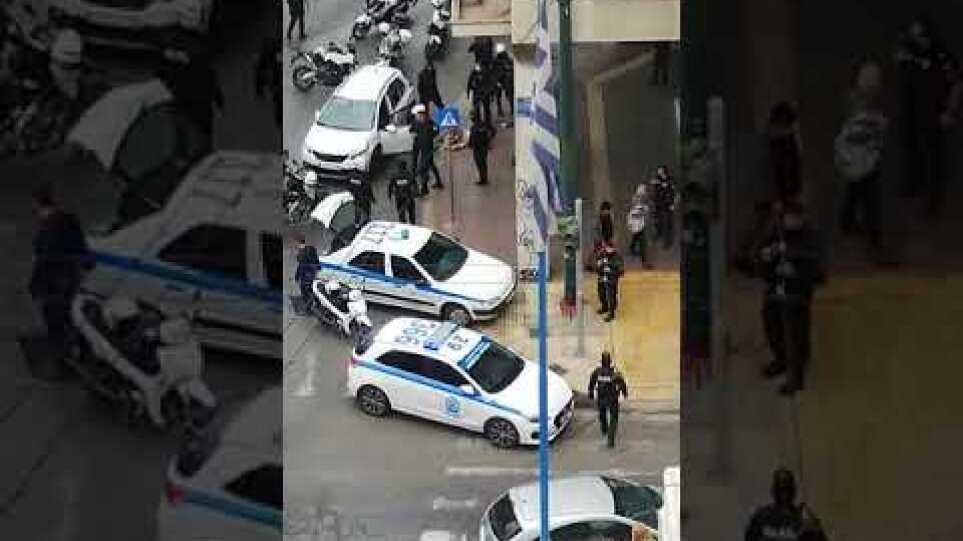 Πυροβολισμοί στην Αθήνα τώρα