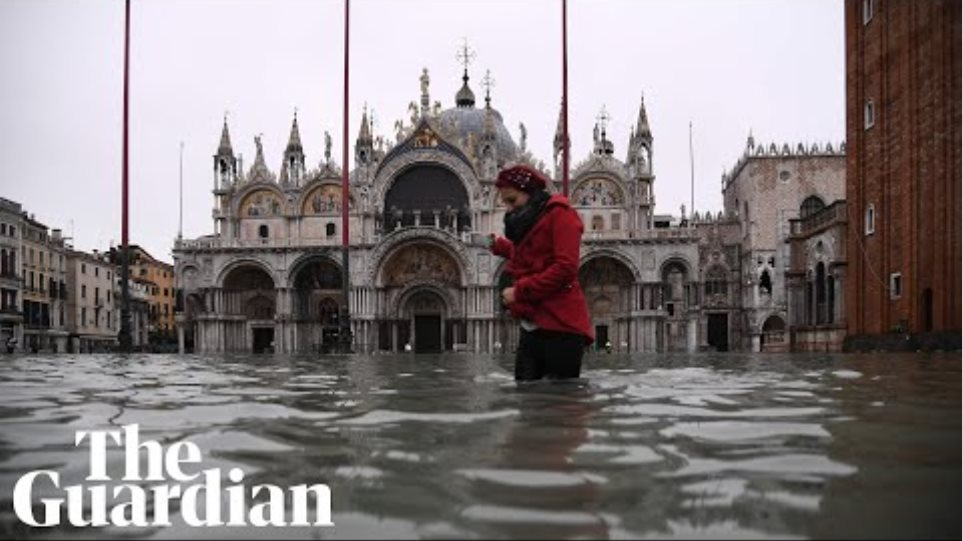 Venice is flooded by the highest tides since 1960s