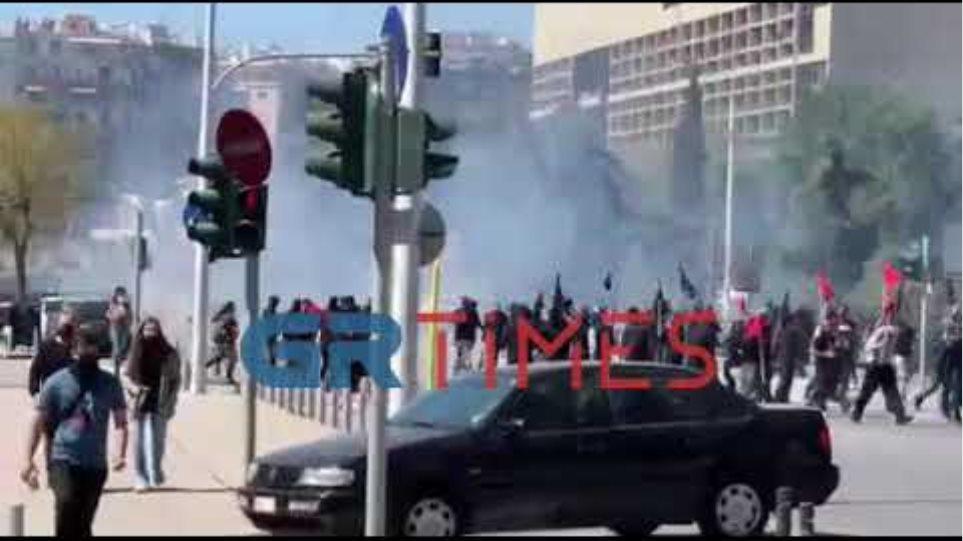 Επεισόδια στη Θεσσαλονίκη - GRTimes.gr