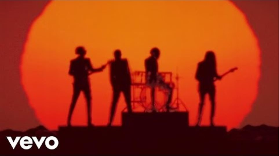 Daft Punk - Get Lucky (Επίσημος Ήχος) ft.  Pharrell Williams, Nile Rodgers