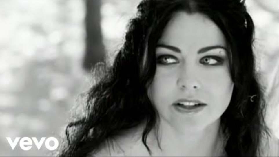 Evanescence - My Immortal (Official Music Video)