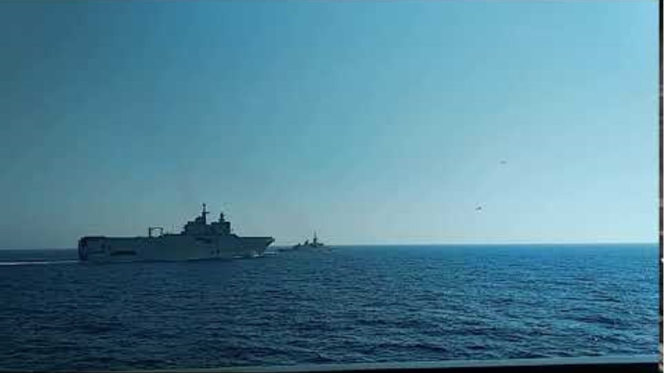 Ελληνογαλλική ασπίδα: Δείτε βίντεο και φωτογραφίες από την κοινή άσκηση στην Ανατολική Μεσόγειο (1)