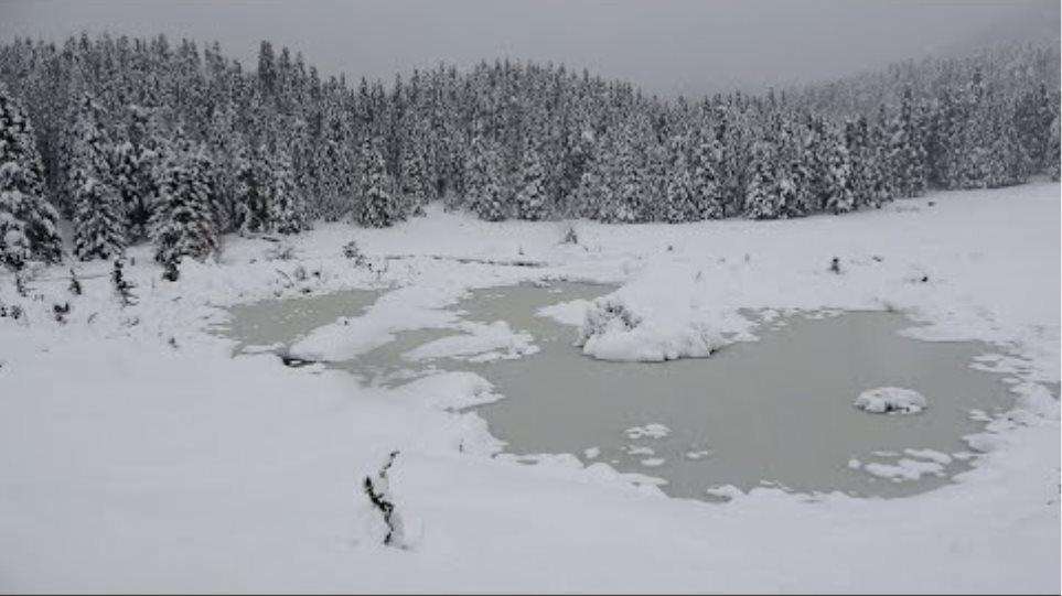 Χιονόπτωση σφοδρή χιονοδρομικό κέντρο Περτουλίου Τρικάλων χιόνι μέρες Κορονοϊός Κυριακή 5-4-2020