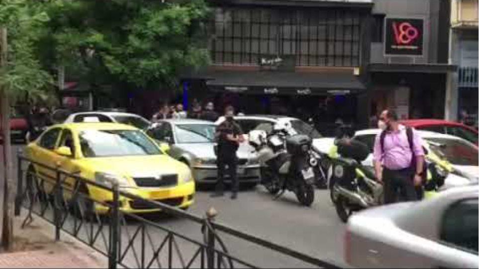 Σεπόλια: Ένοπλη επίθεση σε καφενείο - Νεκρός ο πελάτης που πυροβολήθηκε στο κεφάλι