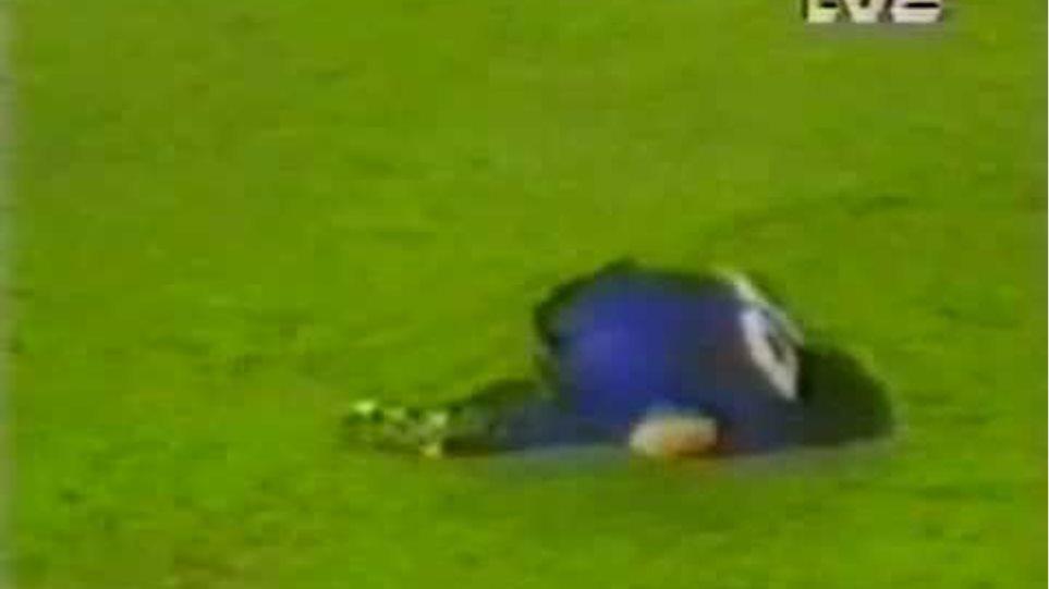 Diego Maradona Seriously Injured during game (Broken Leg)