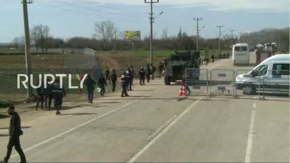 LIVE: Live from Turkey-Greece border as refugees wait to cross