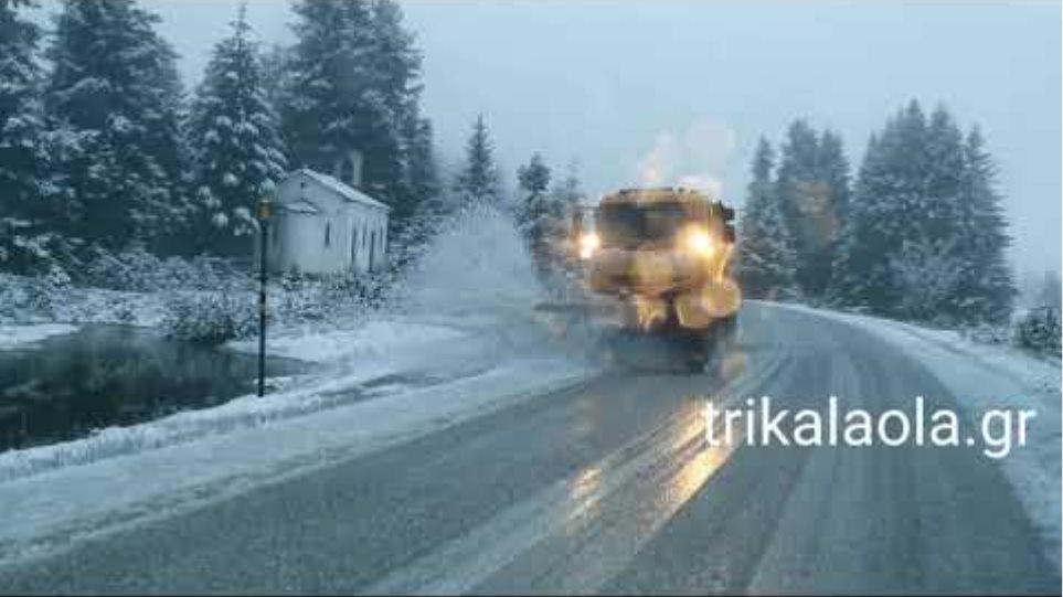 Πρώτο χιόνι Περτουλιώτικα λιβάδια χιονοδρομικό κέντρο Τετάρτη 4 12 2019
