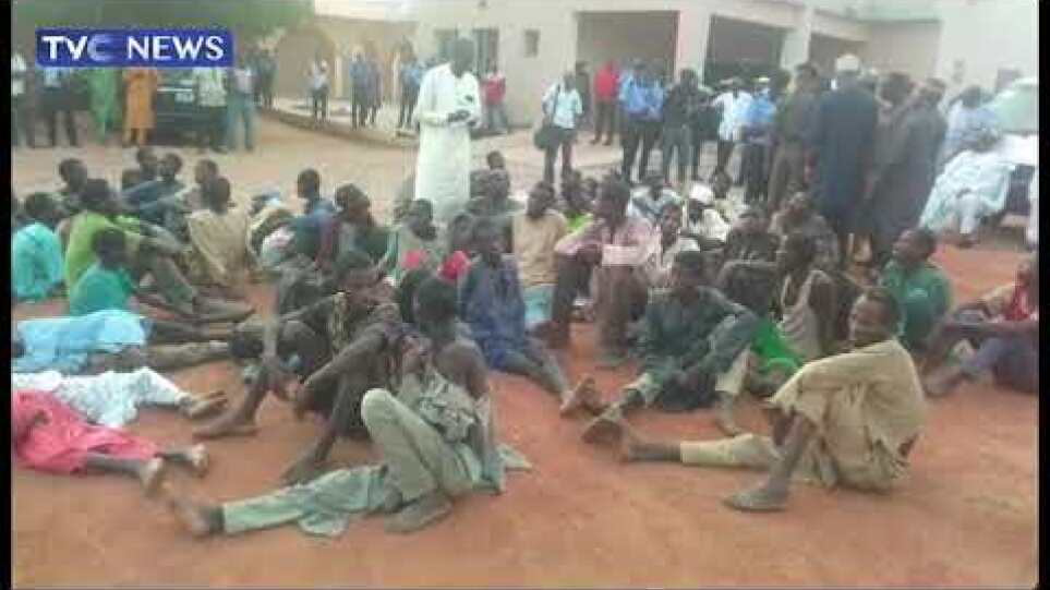[WATCH] Security Operatives Rescue 187 Kidnap Victims In Zamfara