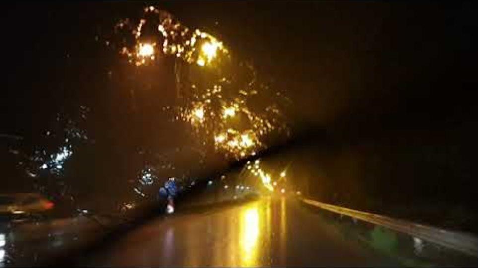 Καταιγίδα στα Τρίκαλα  «Πνίγηκε» η Κινέτα : Συνεχίζεται ο απεγκλωβισμός κατοίκων –Εικόνες από τις καταστροφές JH6my4vacJw