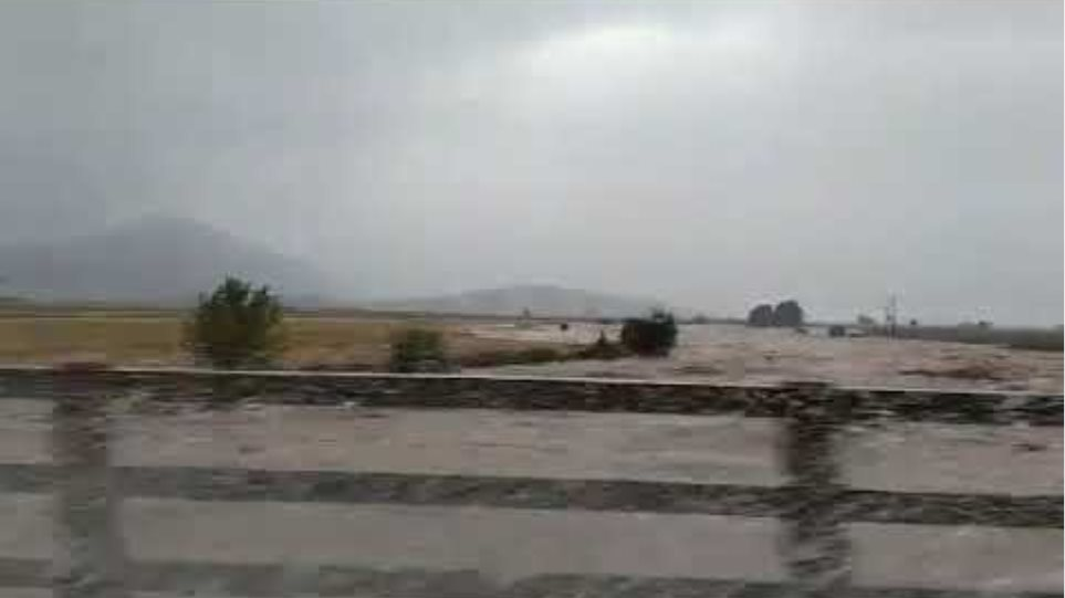 Εικόνες καταστροφής στα Φάρσαλα