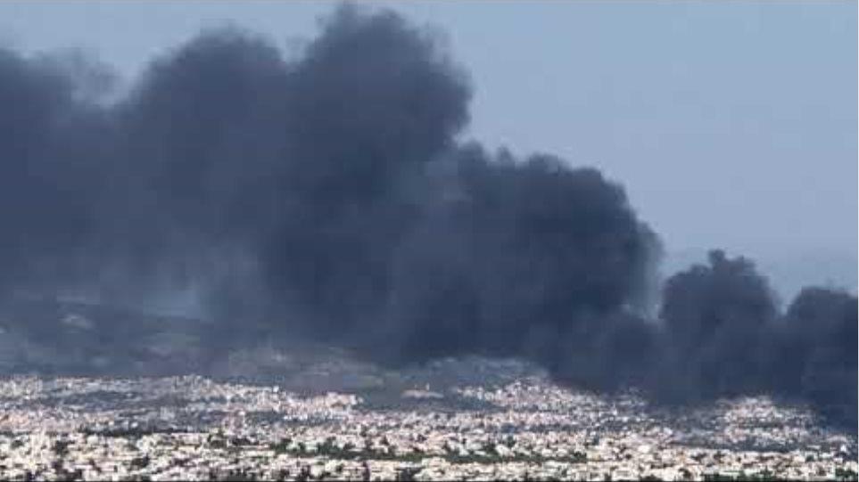 Μεγάλη φωτιά στη Μεταμόρφωση - Κλειστή η Αθηνών-Λαμίας 4