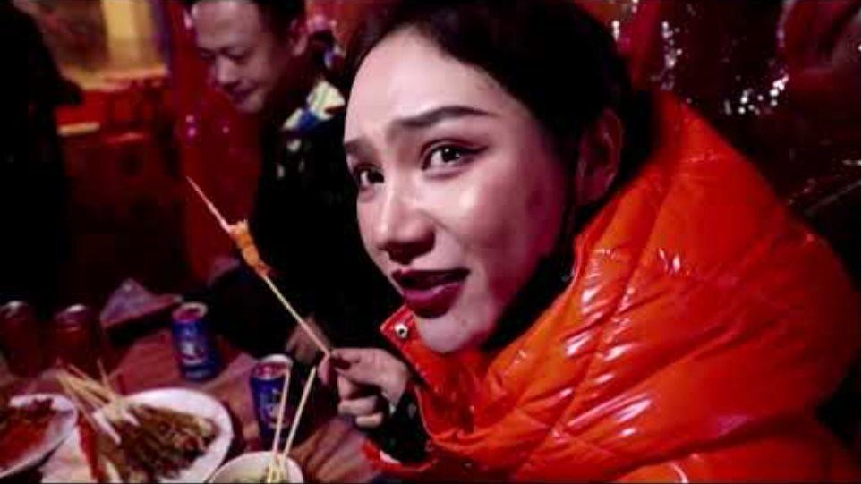 Wuhan's nightlife in full swing