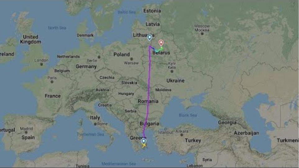Belarus arrests journalist Roman Pratasevich after diverting Ryanair flight to Minsk