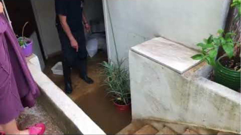 Χαλάνδρι - πλημμύρα σε σπίτι