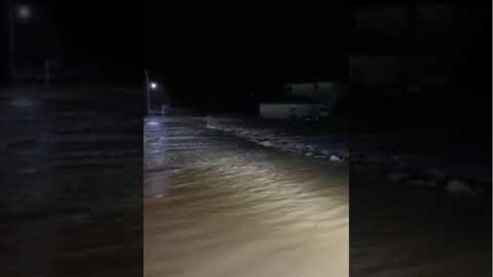 Μεταξάδες: Πλημμύρισαν σπίτια στην Αβδέλλα