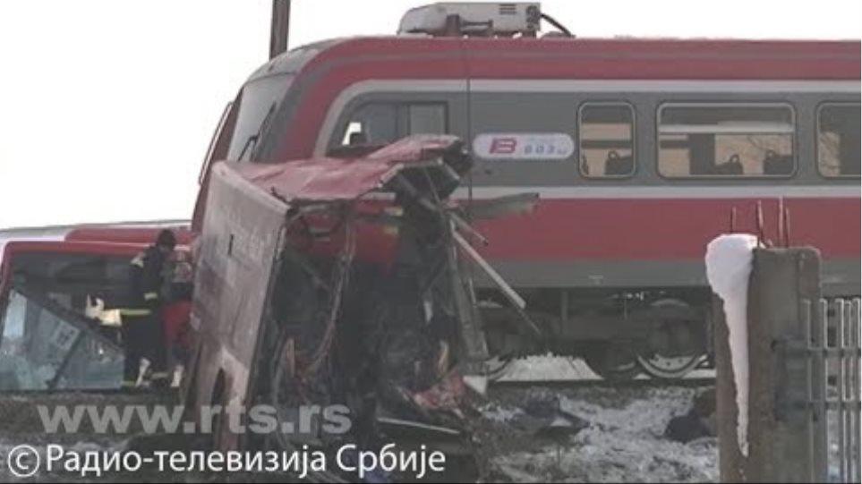 Sudar voza i autobusa kod Niša – troje poginulo i 22 povređeno