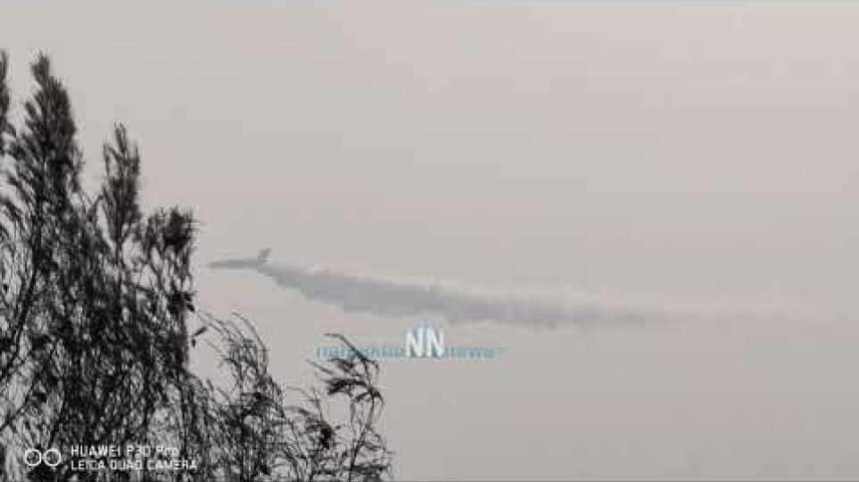 Ο Ρώσος γίγαντας Ilyushin Il-76 στη μάχη με τις φλόγες στην Αρκαδία.