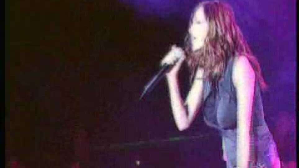 Δέσποινα Βανδή - Ότι Ονειρευόμουν Live | Despina Vandi - Oti Onirevomoun Live (Official Music Video)