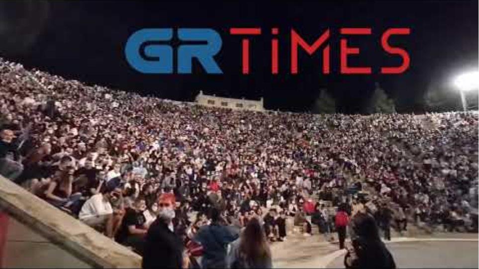 Τσουβελας παράσταση συνωστισμος - GRTimes.gr