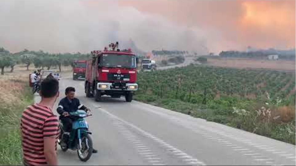 Η Πυροσβεστική εγκαταλείπει το σημείο της φωτιάς