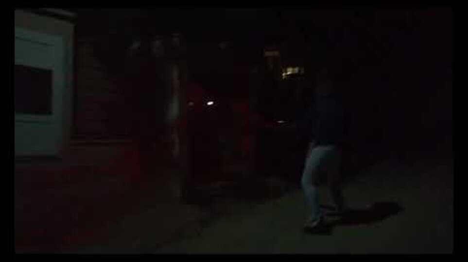 Ρουβίκωνας: Παρέμβαση στην οικία του υπουργού περιβάλλοντος Κ. Σκρέκα στο Κρυονέρι