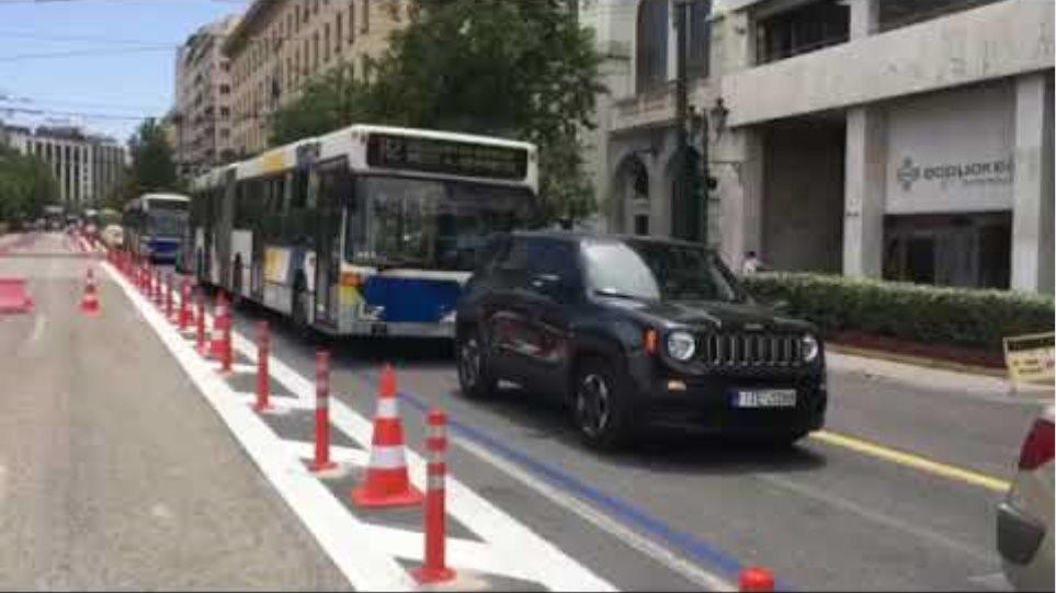 Κίνηση στο κέντρο της Αθήνας (3)