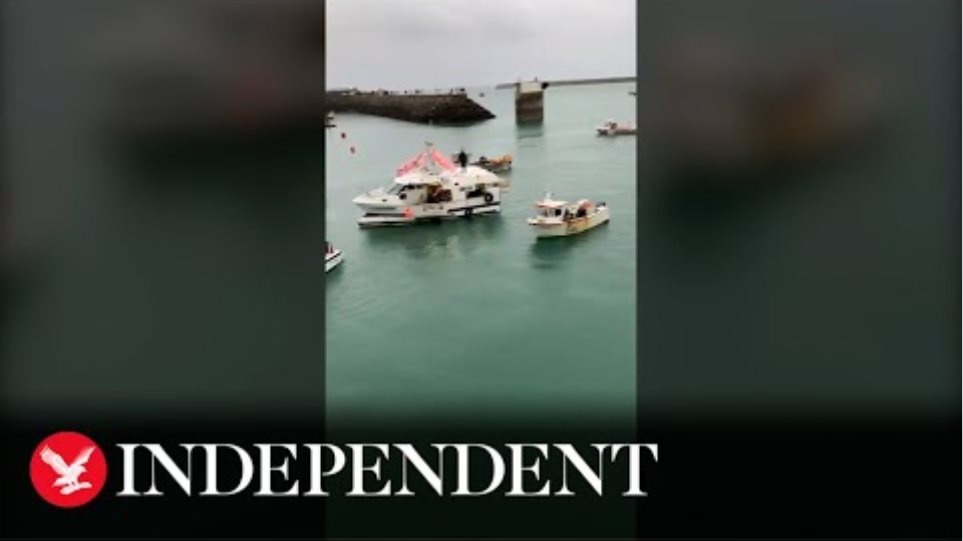 French boats protest in Jersey as post-Brexit tensions rise