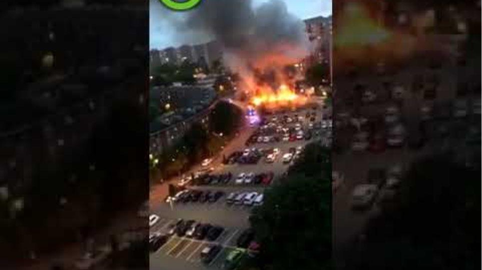 Burning cars in Sweden part 2