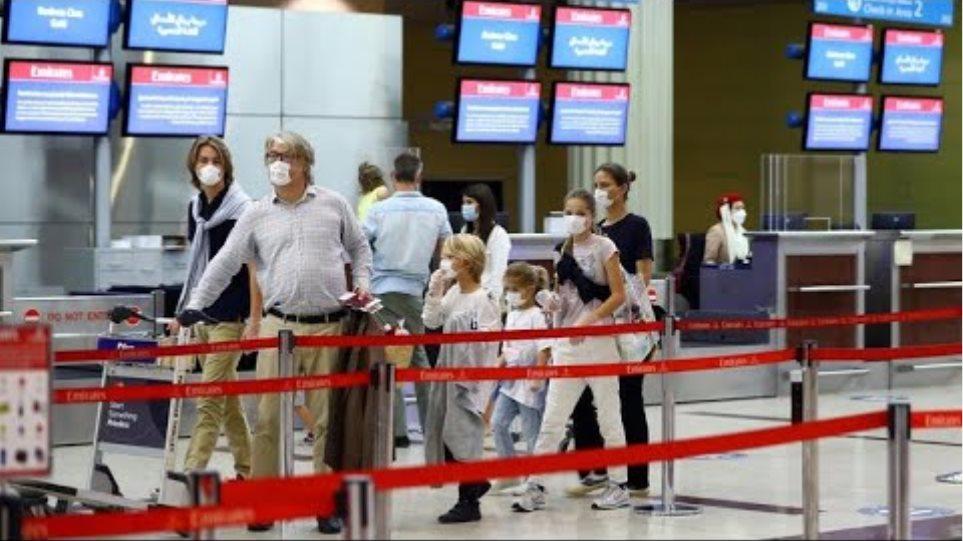 UK bans UAE flights, shutting world's busiest route