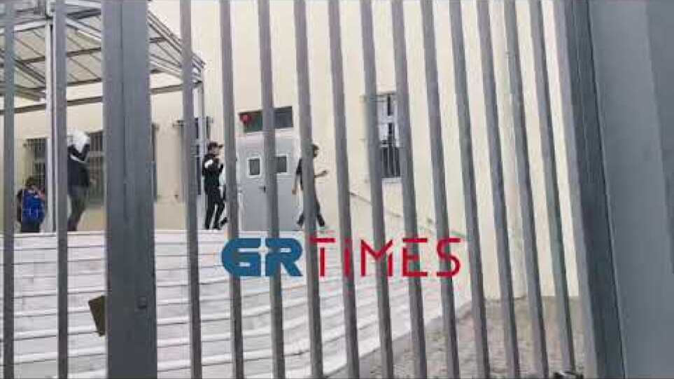 Επεισόδια ΕΠΑΛ Σταυρούπολης - GrTimes