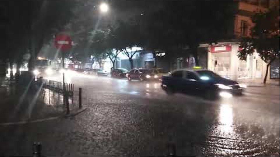 Thestival.gr Βροχή Τσιμισκή